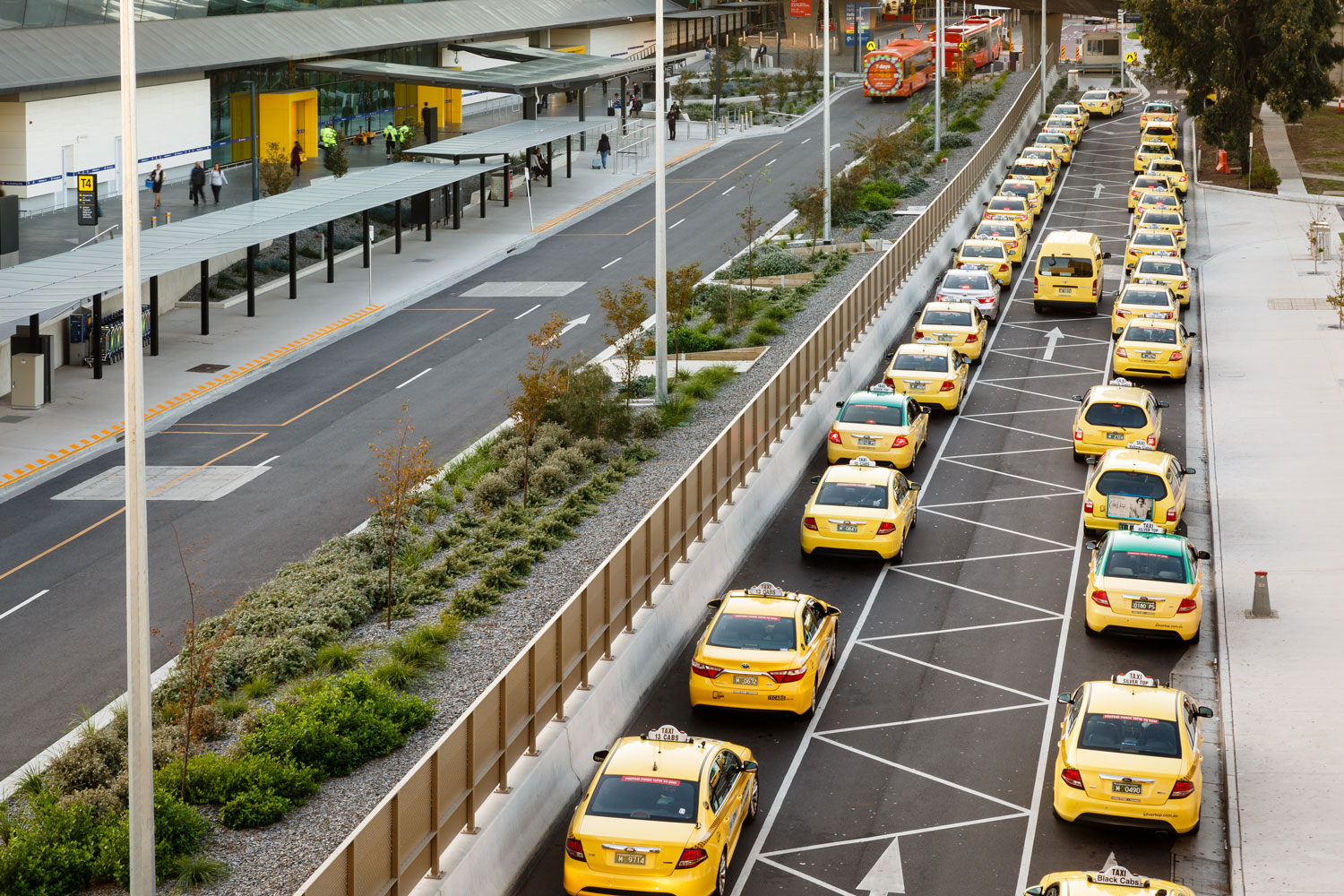 Melbourne Airport Landscaping1